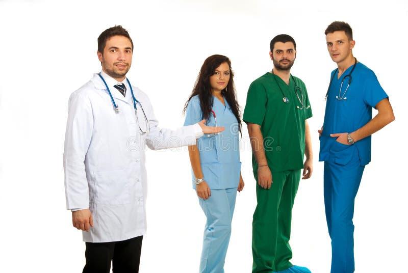 Gerente do hospital e equipe dos doutores imagem de stock royalty free