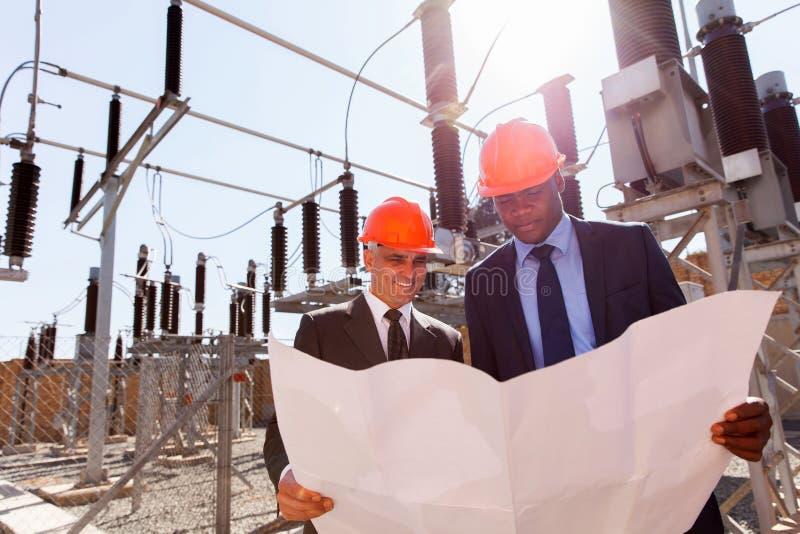 Gerentes de companhia da eletricidade imagens de stock