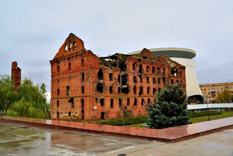 Gergardt-Mühle - Gebäude zerstört im Kampf von Stalingrad während des zweiten Weltkriegs Wolgagrad, Russland lizenzfreie stockfotografie