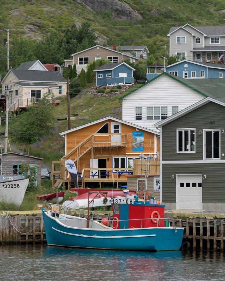 Geringfügiger Hafen in Neufundland lizenzfreie stockbilder