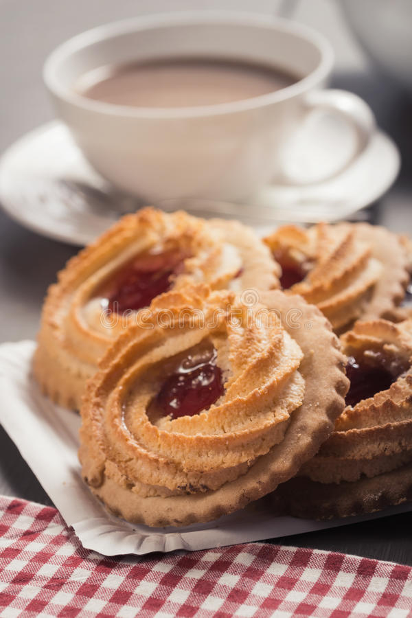 Download German Ox Eye Cookies On A Laid Table Stock Image - Image: 38292421