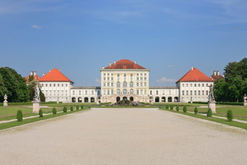 Download Germany Munich Nymphenburgslott Arkivfoto - Bild av uppehåll, trädgård: 19777234