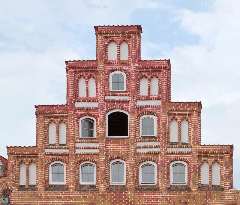 germany Neburg del ¼ di LÃ Timpano fatto un passo gotico di costruzione medievale nel quadrato Sande sul fondo del cielo blu immagine stock libera da diritti