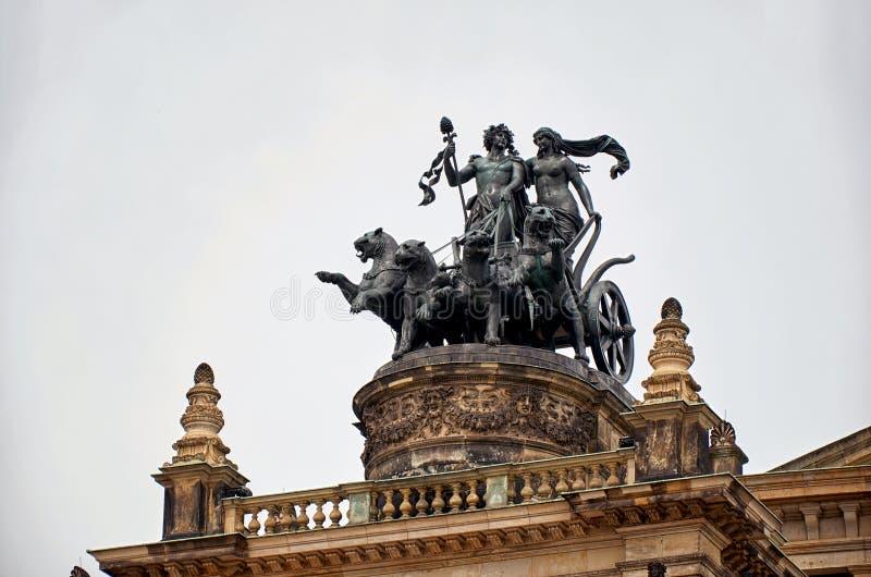 germany Operahuset i den Dresden Semper operahuset på teaterfyrkanten i Dresden 16 Juni 2016 fotografering för bildbyråer