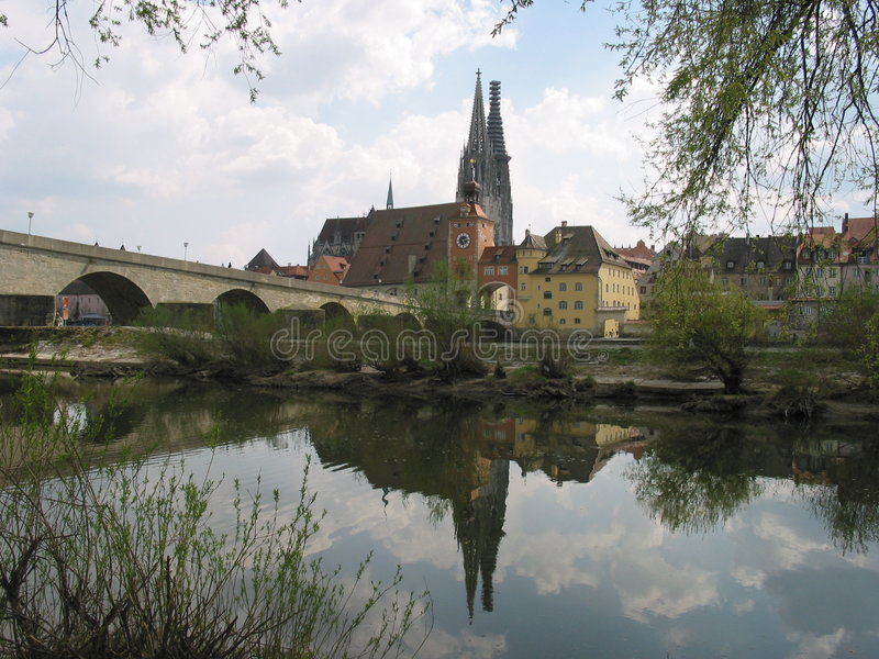 germany reflexion regensburg arkivfoton