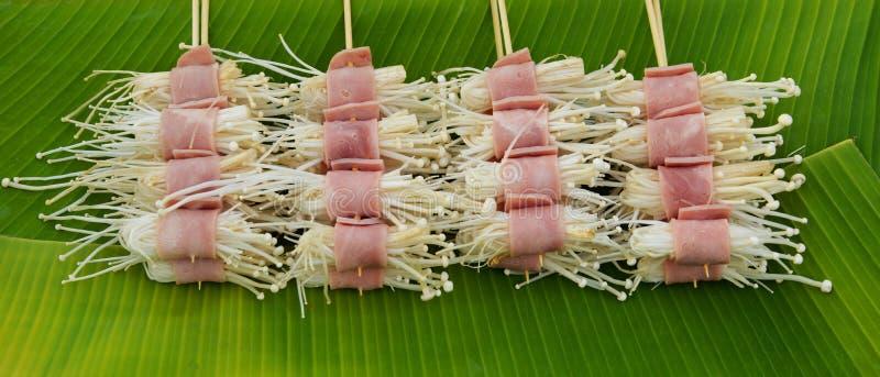 Gerold bacon en paddestoel stock foto