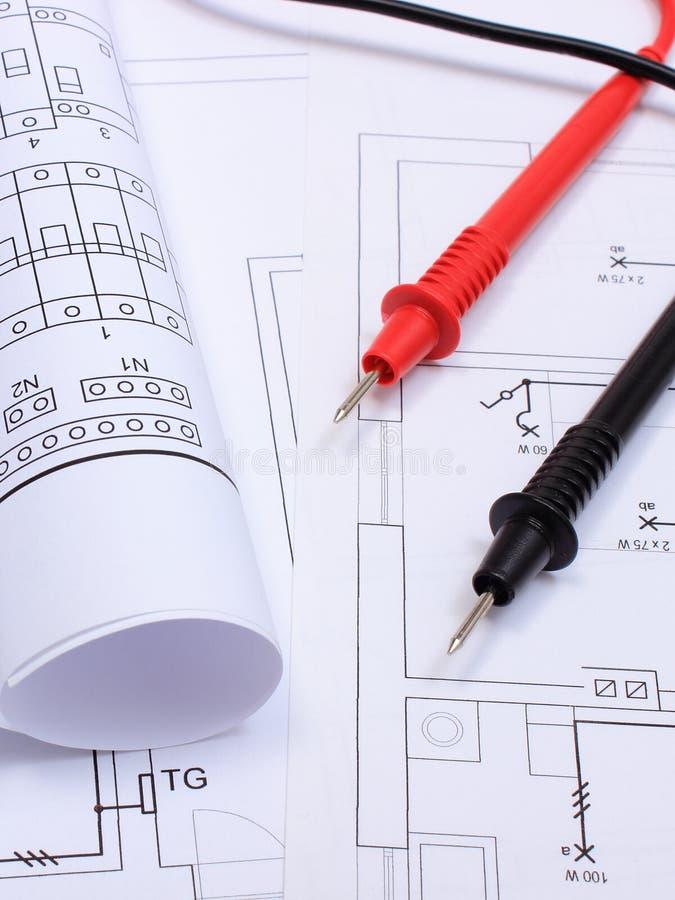 Delightful Download Gerollte Elektrische Diagramme Und Kabel Des Vielfachmessgeräts  Auf Zeichnung Des Hauses Stockbild   Bild Von