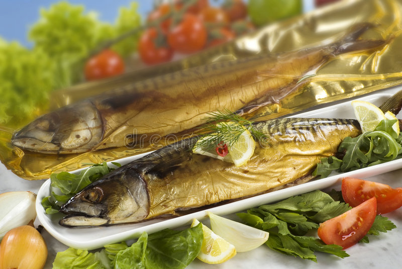Gerookte makreel stock afbeeldingen