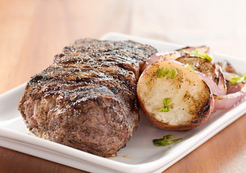 Geroosterd lapje vleesdiner stock foto's