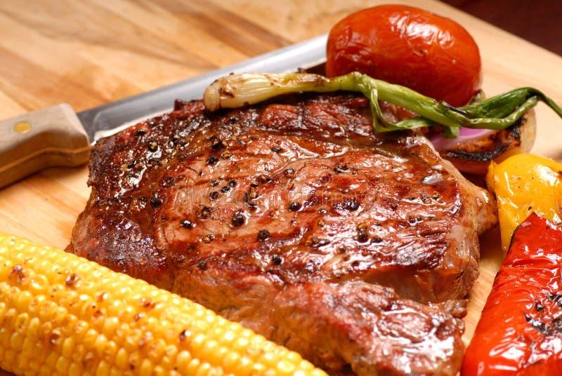 Geroosterd ribeye lapje vlees stock foto
