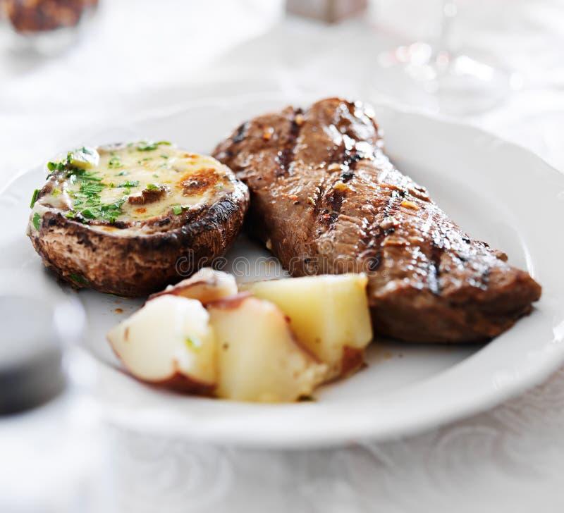 Geroosterd strooklapje vlees stock afbeeldingen