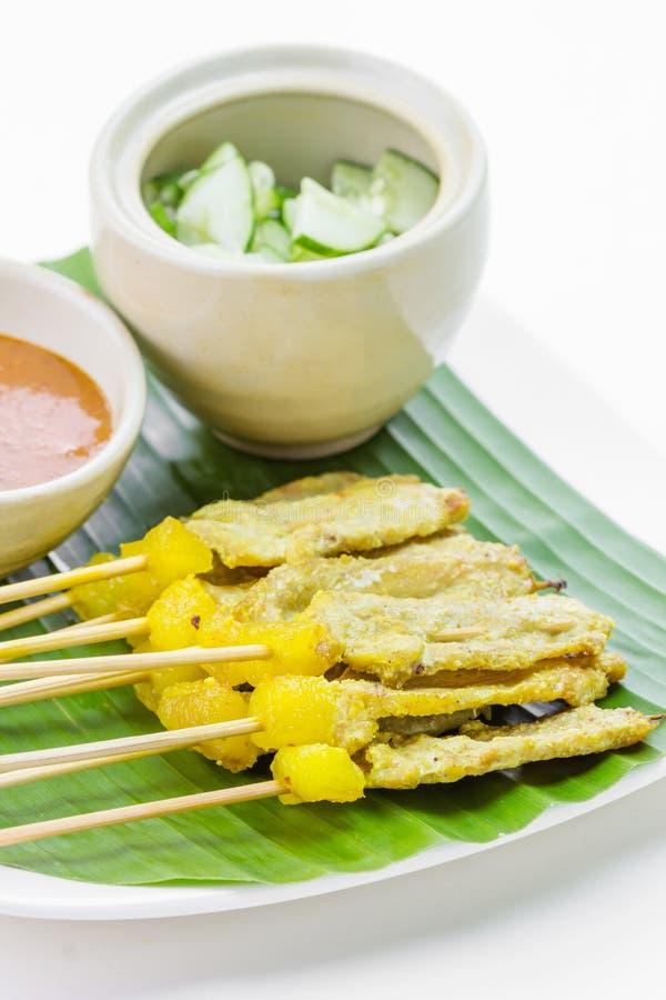 Geroosterd Varkensvlees Satay met de Saus en de Azijn van de Pinda royalty-vrije stock afbeelding