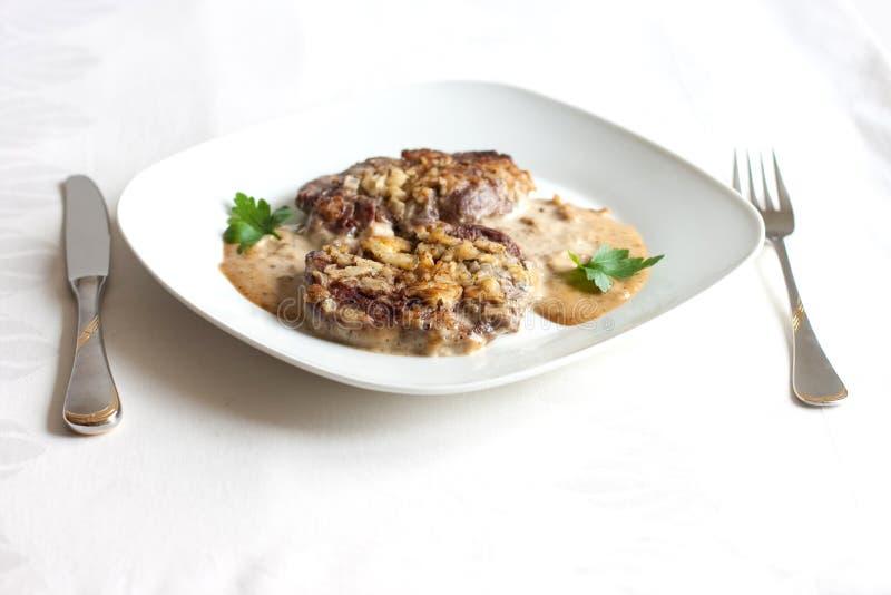 Geroosterd vlees met saus stock foto's