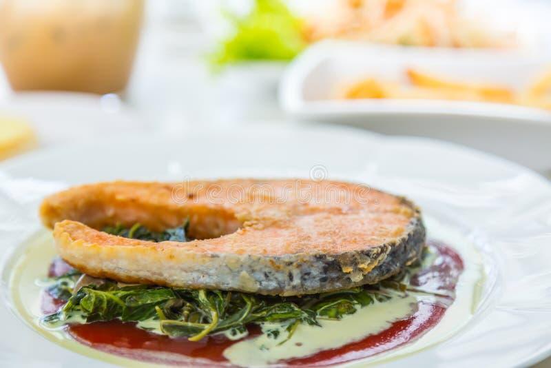 Geroosterd zalmlapje vlees royalty-vrije stock foto's