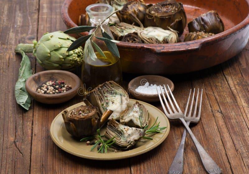 Download Geroosterde artisjokken stock afbeelding. Afbeelding bestaande uit cuisine - 39108449