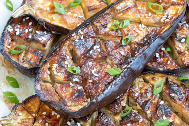 Geroosterde aubergine met Miso Glans, nasudengaku stock afbeeldingen