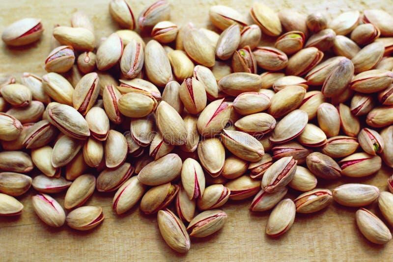 Geroosterde en gezouten pistaches stock fotografie
