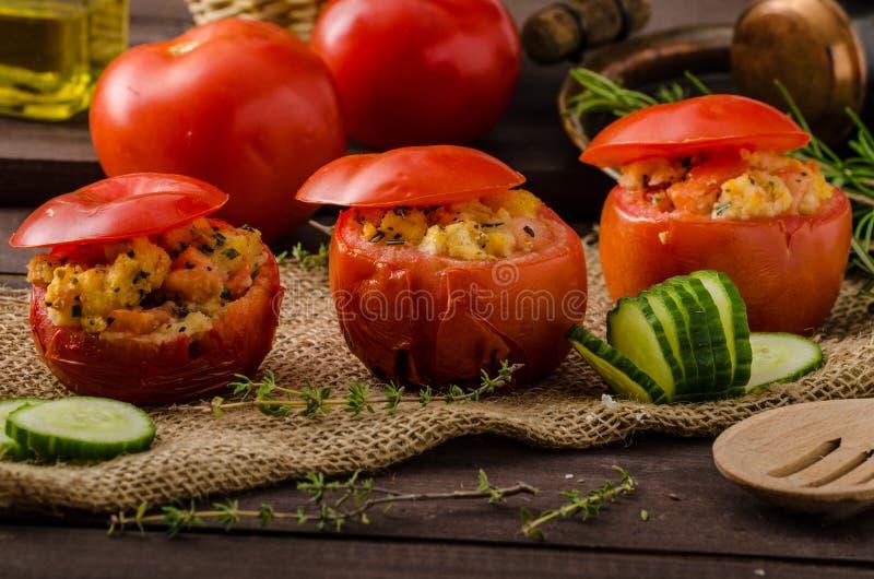 Geroosterde gevulde tomaten royalty-vrije stock fotografie
