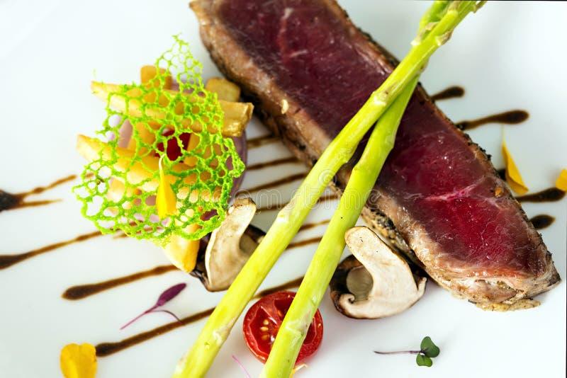 Geroosterde lapjes vlees en groenten royalty-vrije stock foto's