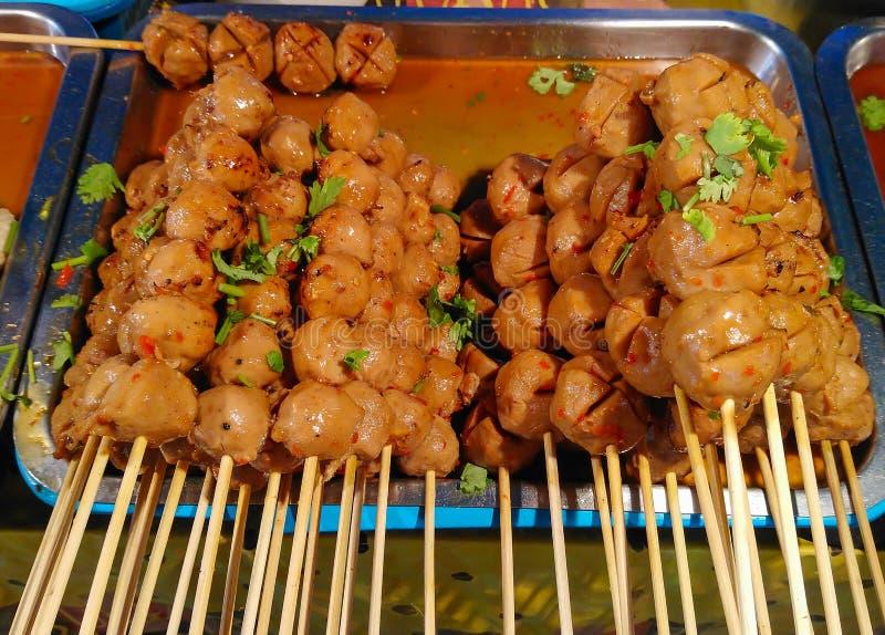 Geroosterde varkensvleesvleesballetjes en vleesballetjes royalty-vrije stock afbeelding