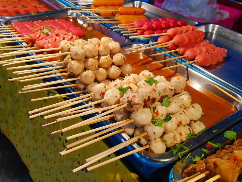 Geroosterde varkensvleesvleesballetjes en vleesballetjes royalty-vrije stock afbeeldingen