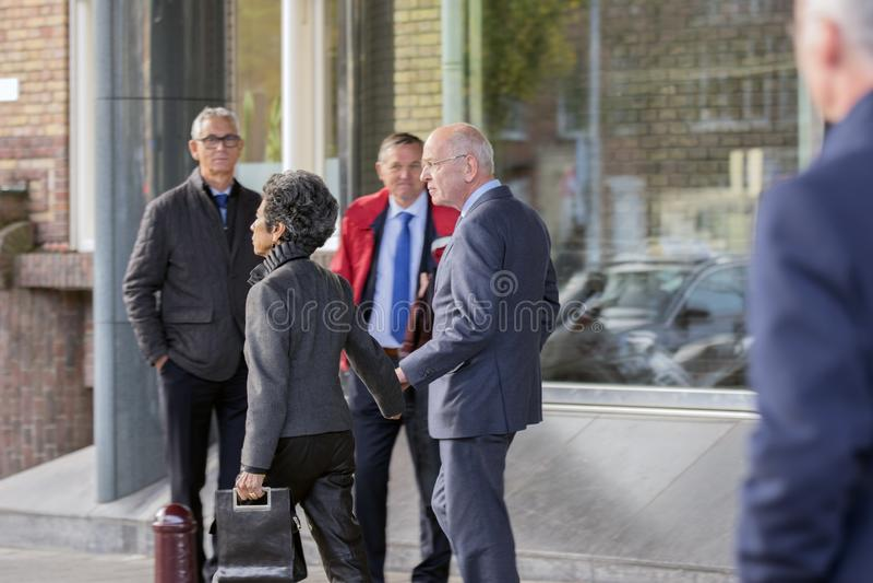 Gerrit Zalm At The Memorial-Zeremonie beim Concertgebouw in Amsterdam 27-10-2018 die Niederlande für den Tod von Wim Kok lizenzfreie stockbilder