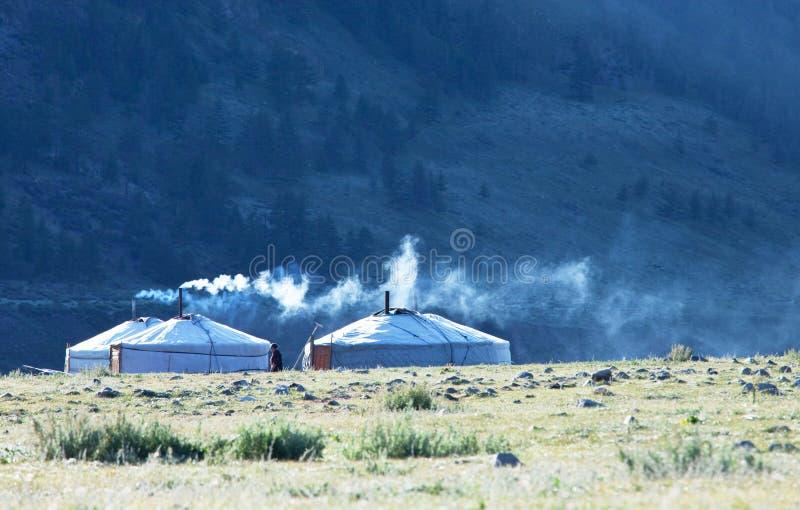 Gers em Mongólia imagens de stock royalty free