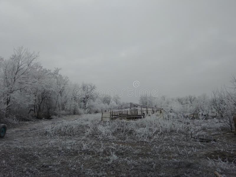 Geruïneerd de winterdorp stock foto's