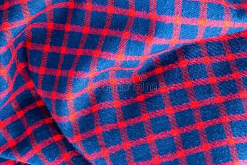 Geruit geruit patroon in rood, rood en blauw royalty-vrije stock foto