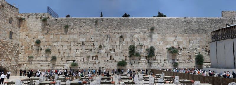 Gerusalemme, Israele, 06 07 2007 genti pregare dalla parete occidentale a Gerusalemme fotografia stock