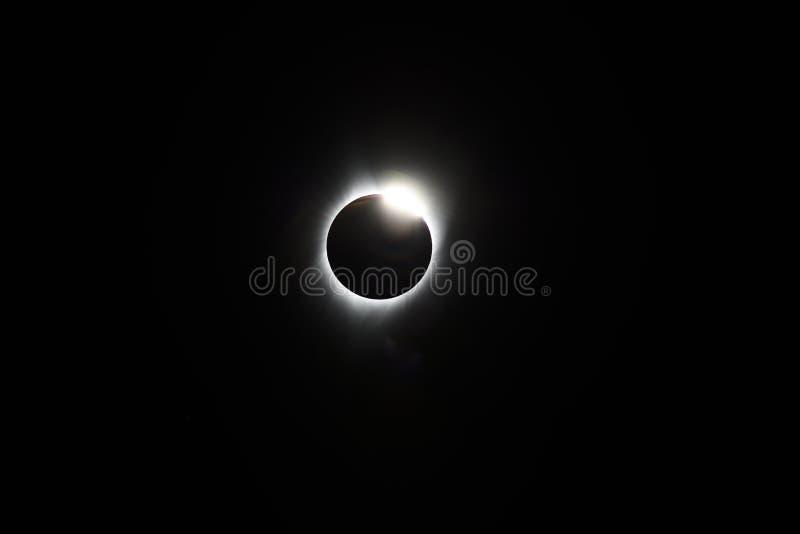 2017 Gesamtsonnenfinsternis von der Mittellinie, Salem Oregon, Marion County - der Diamant, Ende der Gesamtheit lizenzfreies stockbild