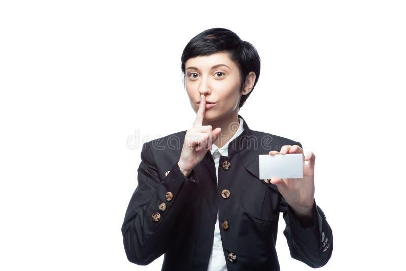 Geschäftsfrau mit leerer Werbungsfahne auf Weiß stockbilder