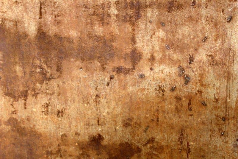 Geschädigter rostiger befleckter Metallbeschaffenheitshintergrund stockfoto