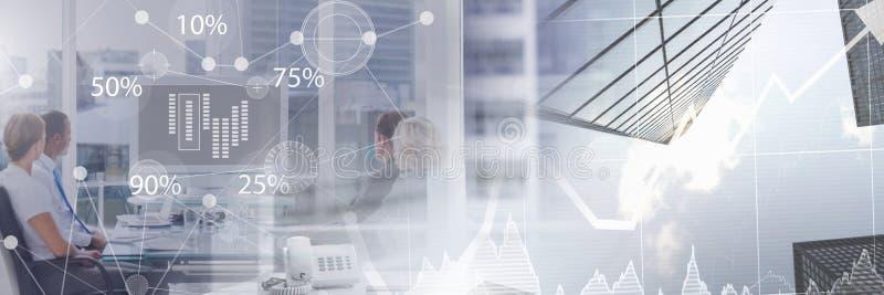 Geschäft überlagerte Schnittstelle mit Geschäftsleuten im Büro bei der Vorstandssitzung mit Übergang lizenzfreie stockfotos