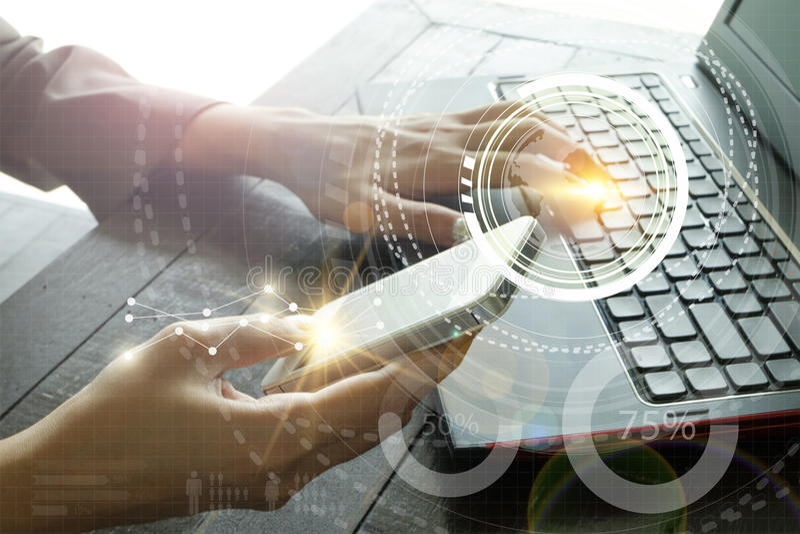 Geschäft mit intelligenter Telefonverbindungs-Technologieschnittstelle Worldw stockfotografie