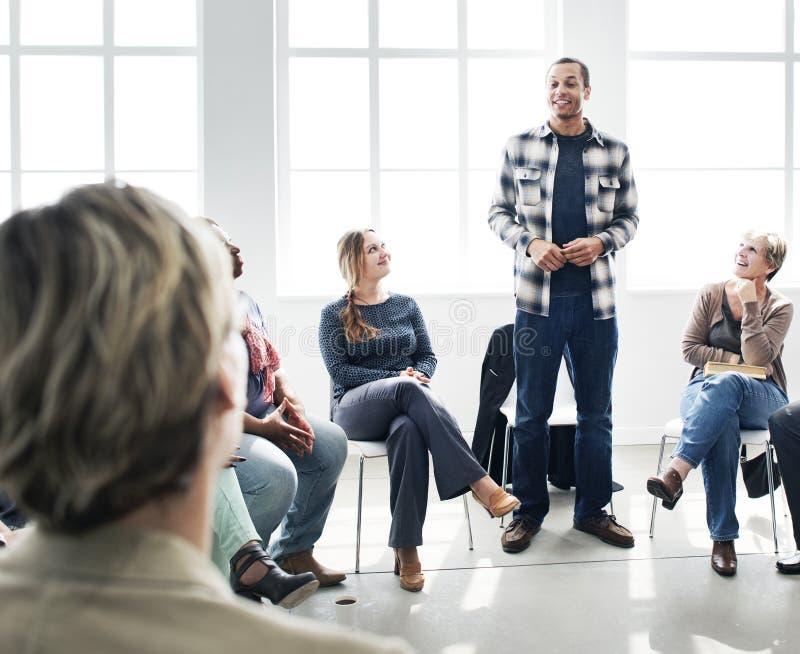 Geschäft Team Training Listening Meeting Concept lizenzfreie stockbilder