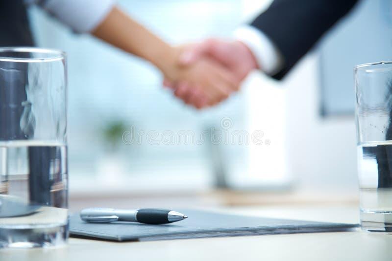 Geschäfts-Abkommen stockfotografie