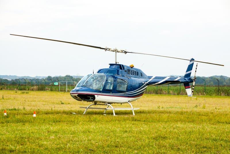 Geschäfts-privater Hubschrauber lizenzfreie stockfotos