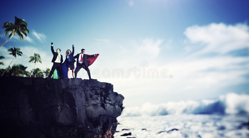 Geschäfts-Superheld-Rand Cliff Achievement Success Concept stockfotografie