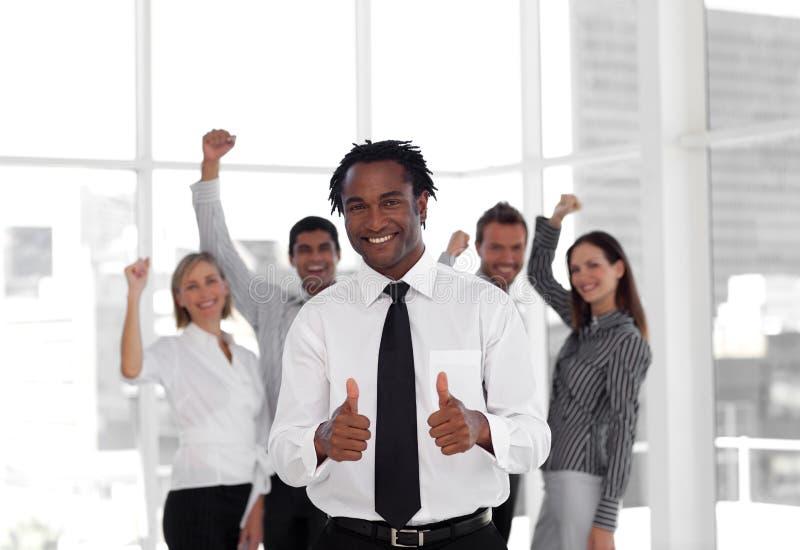 Download Geschäfts-Team, Das Erfolg Feiert Stockfoto - Bild von person, frau: 9098314