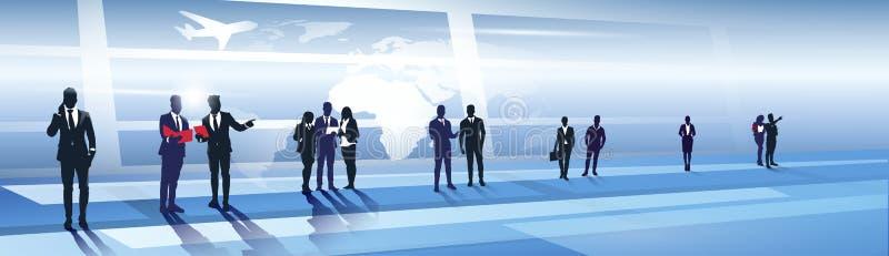 Geschäfts-Team Silhouette In Airport Businesspeople-Gruppe über Weltkarte-Reise-Flug-Konzept lizenzfreie abbildung