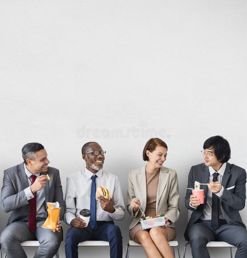 Geschäfts-Team Working Break Eating Lunch-Konzept stockfotografie