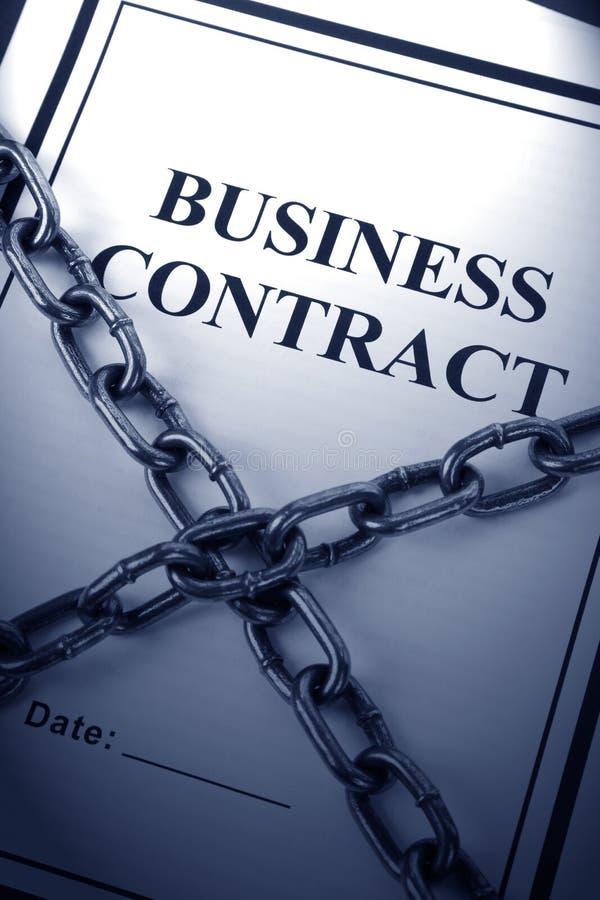 Geschäfts-Vertrag und Kette lizenzfreies stockbild