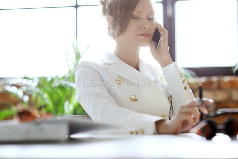 Geschäftsfrau - 2 lizenzfreies stockbild