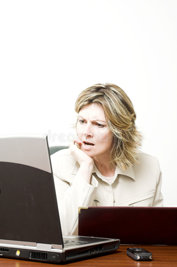 Geschäftsfrau bei der Arbeit lizenzfreie stockfotos
