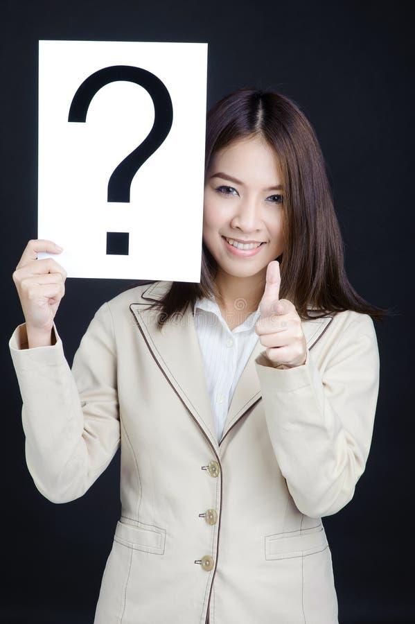 Geschäftsfrau, die ist, das Handklage verweisen stockbilder