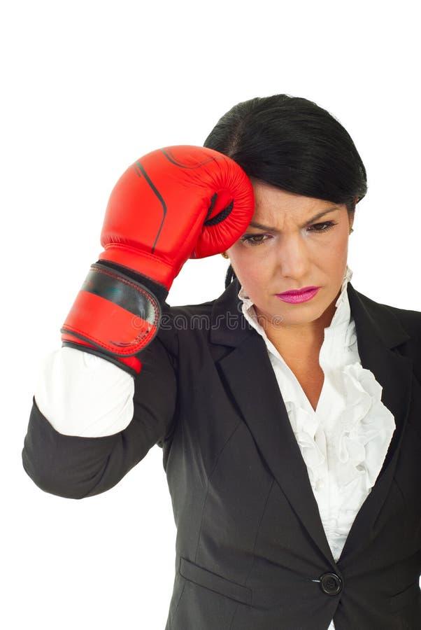 Geschäftsfrau, die Probleme hat lizenzfreie stockfotos