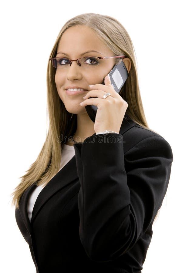 Geschäftsfrau, die um Telefon ersucht lizenzfreie stockfotos