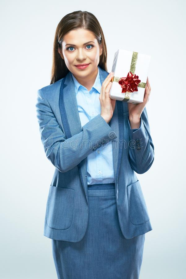 Geschäftsfrau-Griffgeschenk Schöner MädchenAnzug gekleidet stockfotografie