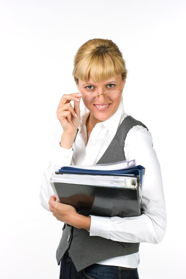 Geschäftsfrau mit Dokumenten lizenzfreies stockbild
